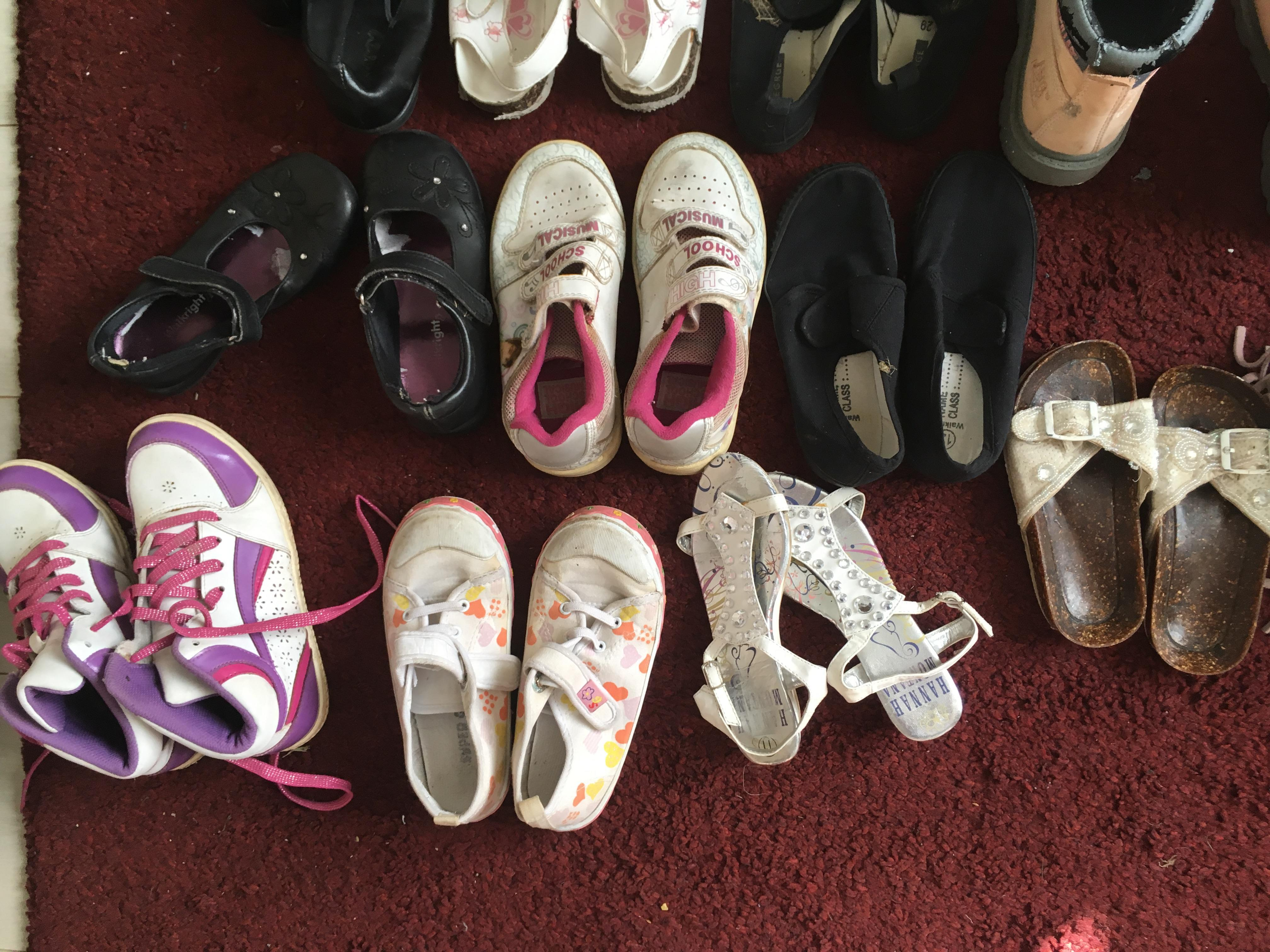 Large bundle of 32 pairs of girls shoes, boots, Plimsolls