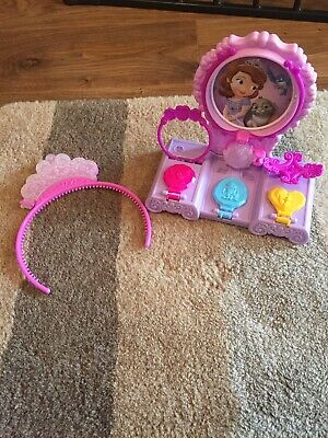 Hasbro Play-Doh PlayDoh Disney Sofia The First Amulet &