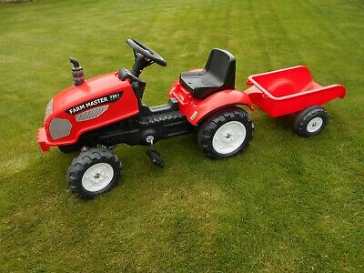 Falk Kids Ride On Pedal Tractor with horn and Detachable