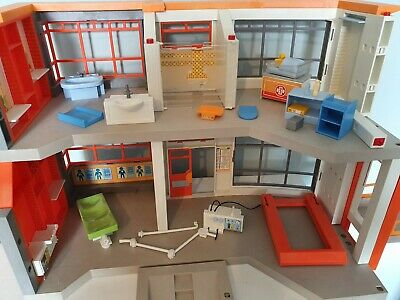 PLAYMOBIL  City Life Part Furnished Childrens Hospital
