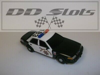 DD Slots Carrera GO!!! Ford Crown Victoria Highway Patrol