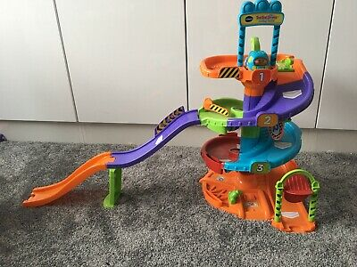 VTech Toot Toot Drivers Parking Tower And Track