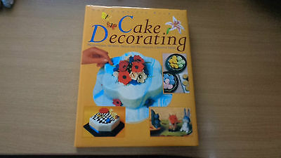 The Complete Book of Cake Decorating by Grange Books Ltd