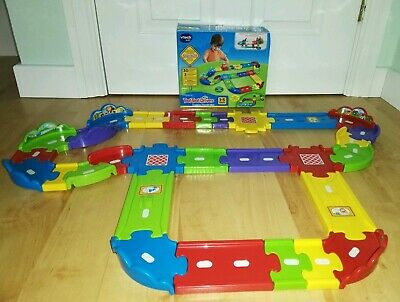 VTech Toot-Toot Drivers Deluxe Car Track Set Extendable Car
