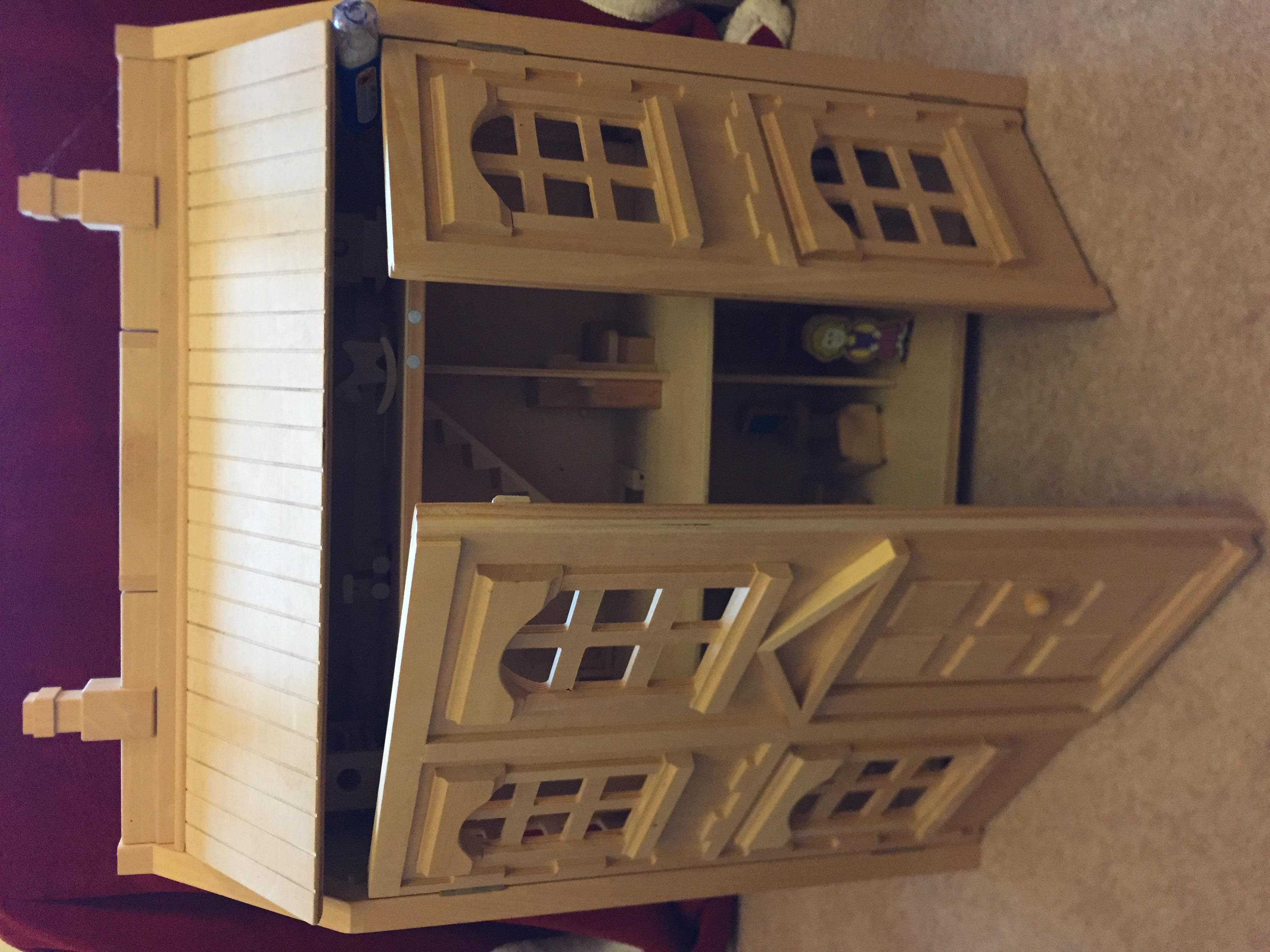 DOLLS HOUSE, WOODEN 3 FLOORS WITH FURNITURE & DOLLS