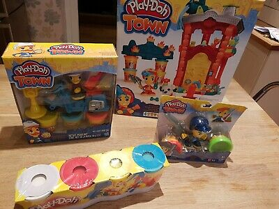 Play Doh Town 4 pc Set by Hasbro
