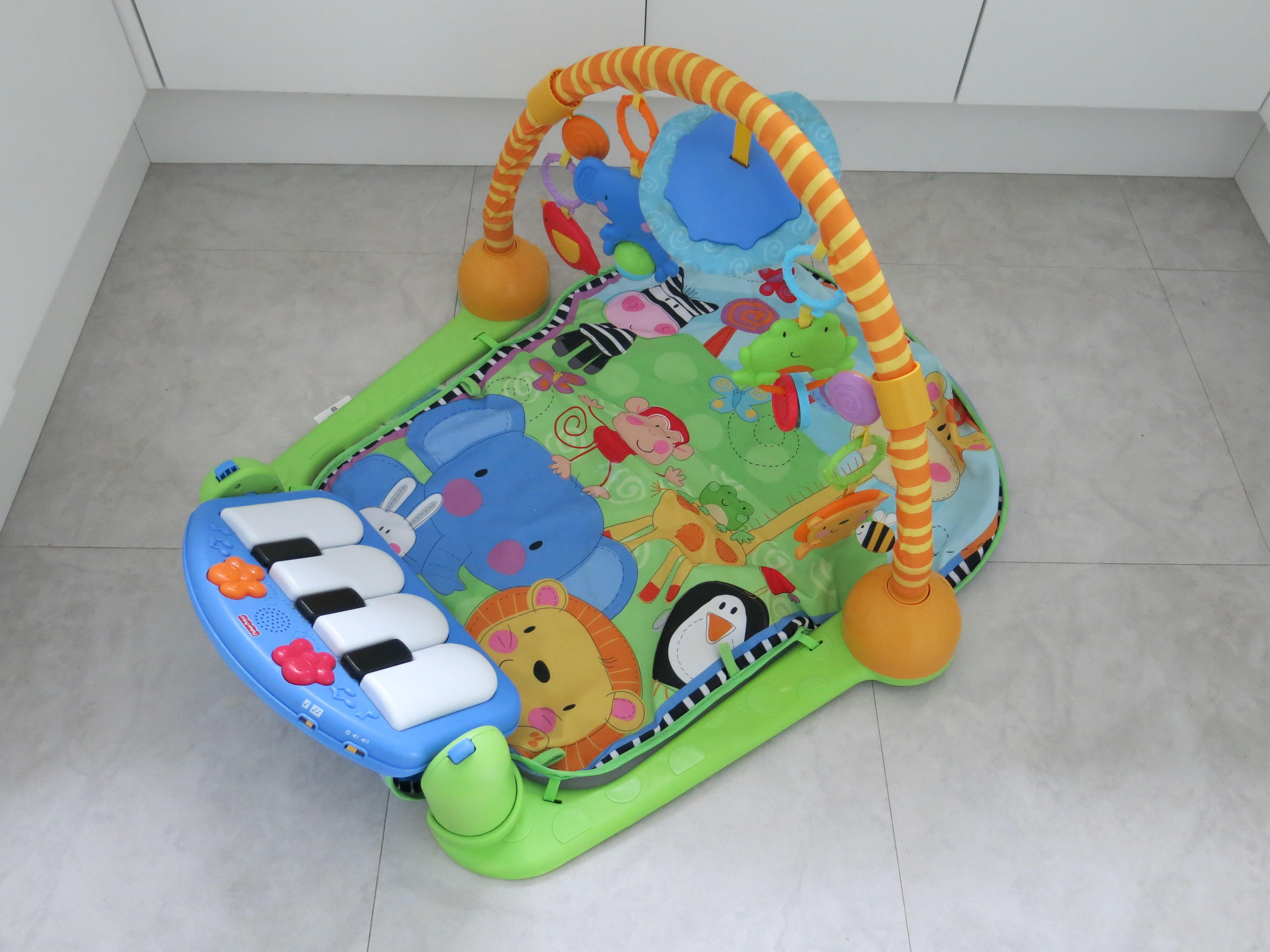 Fisher-Price Kick and Play Mat Piano Gym Baby Toy Activity