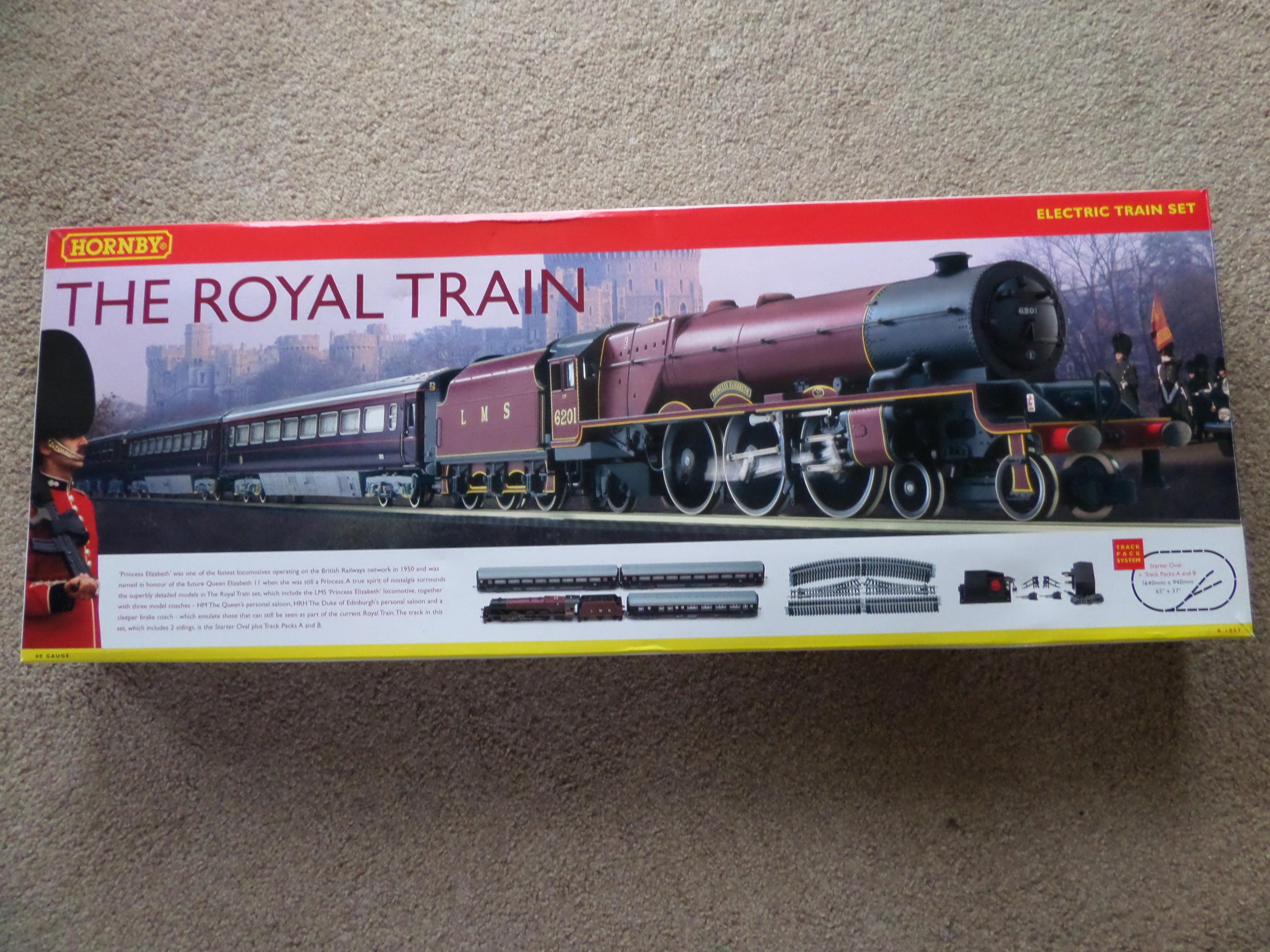 """Hornby R """"The Royal Train"""" complete train set"""