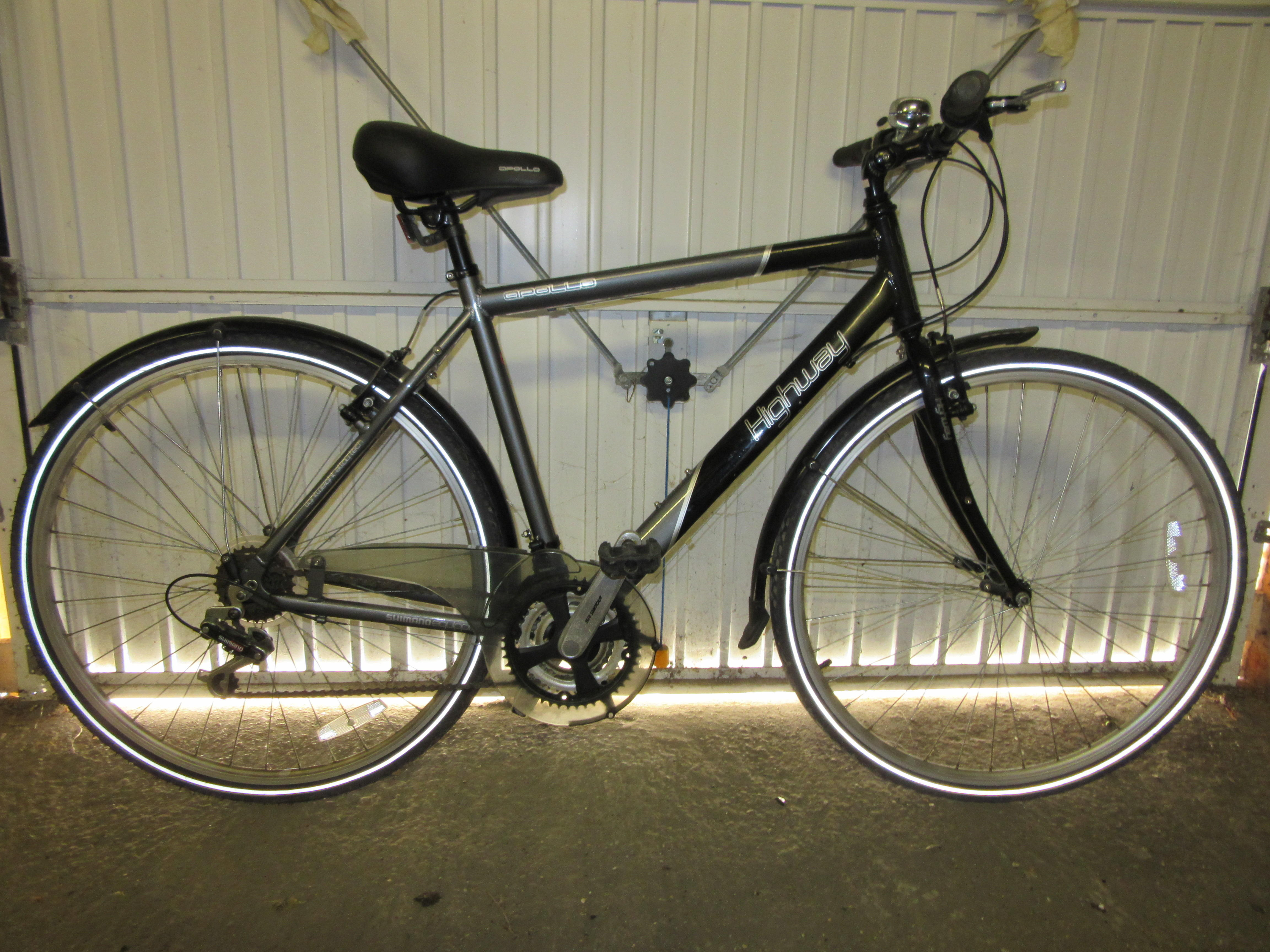 mans apollo highway bike bycicle