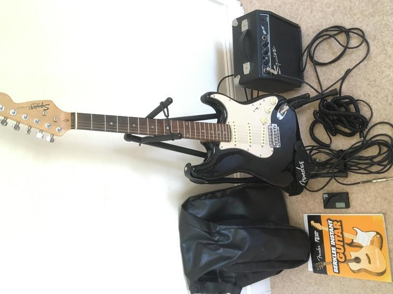 Squier by Fender Strat Full Size Black Electric Guitar Kit