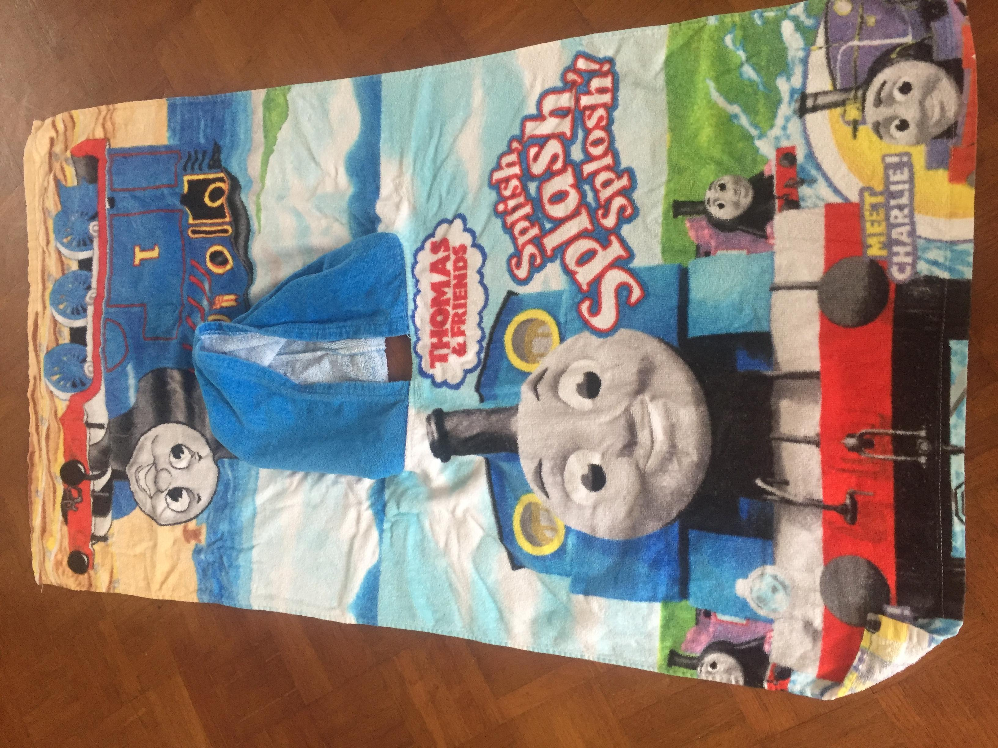 Beach Towel- 3 to 6 years old. Calls only