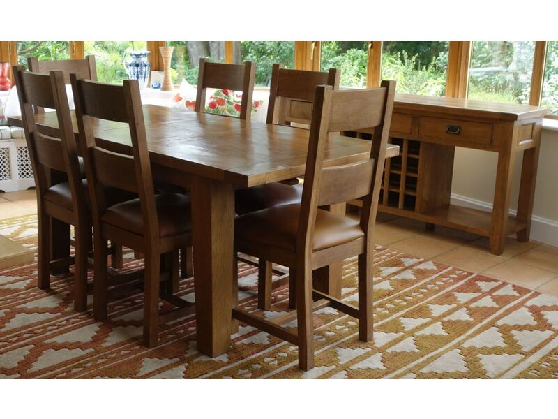 Med Oak Solid Extendable Dining Table & 6 Chairs + Matching