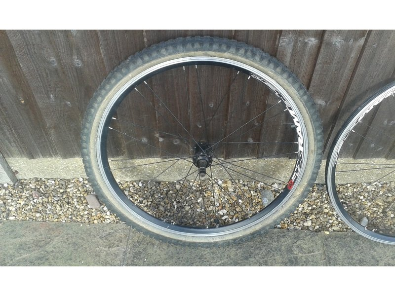 Front and Rear wheels for a 26inch wheel Mountain Bike with