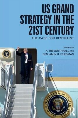 ID245z - US Grand Strategy in - Paperback - New