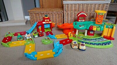 VTech  Toot Toot Drivers Garage, Fire Station, extra