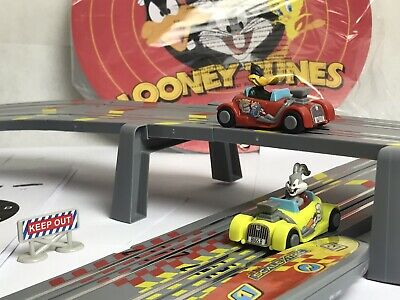 My First Scalextric SCALEXTRIC LOONEY TUNES Race Track Set