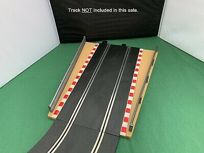 C Scalextric Sport/Digital Lead in Lead Out Borders