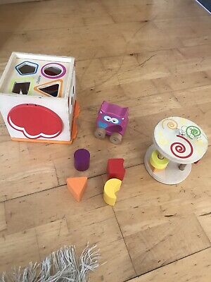 Melissa & Doug Shape Sorting Cube Classic Wooden Toy -