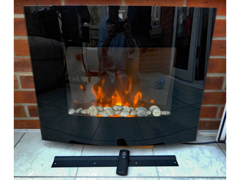 Flame effect electric heater.
