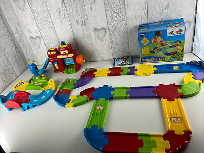 VTech Toot Toot Drivers Deluxe Track Set Fire Station And