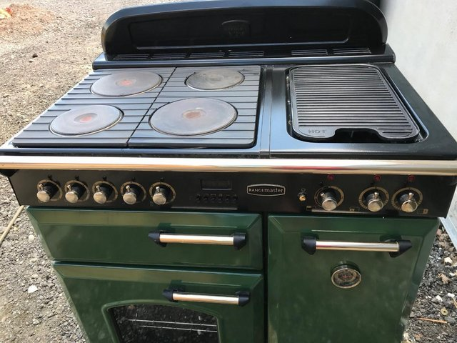Rangemaster Classic 90 Solid Plate cooker