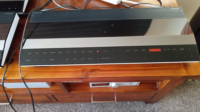 Bang and Olufsen Beo  stereo system